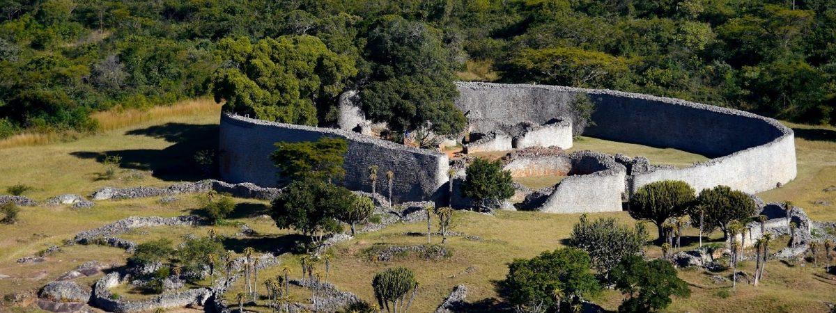 Great-Zimbabwe-ruins-